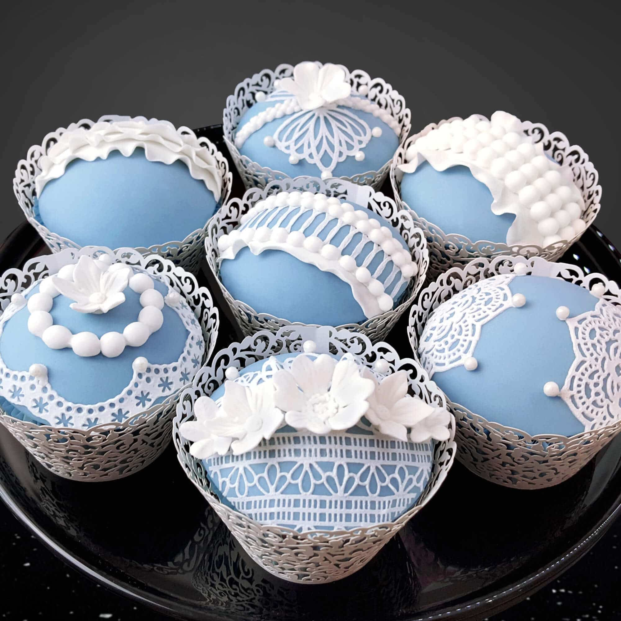 Wedgwood style cakes by Cake No Mistake