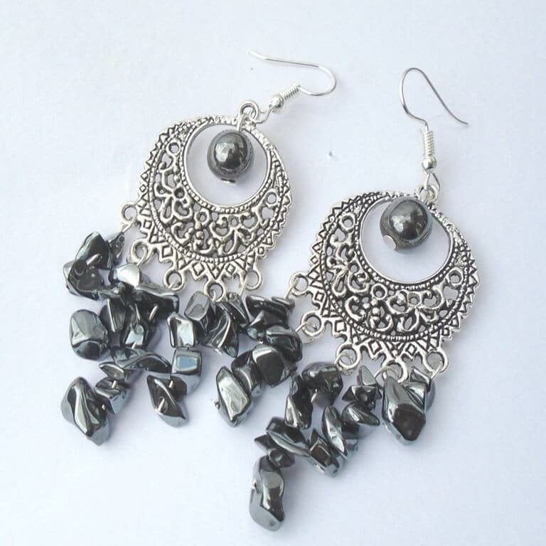 A classic yet eye-catching set of earrings that were designed and created by K8tieSparkles.