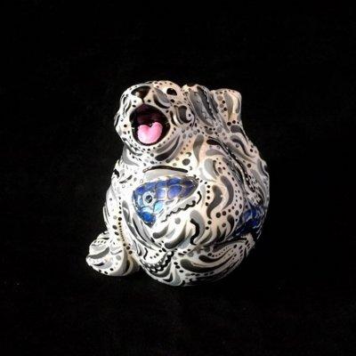 Seal design ceramic ornament made by Crafter in the Spotlight Hazlehurst Ceramics.